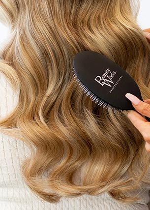 Beauty works comb combing hair